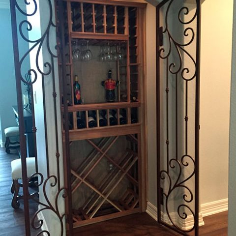 dominion-catalogo-iron-door-wine-cellar